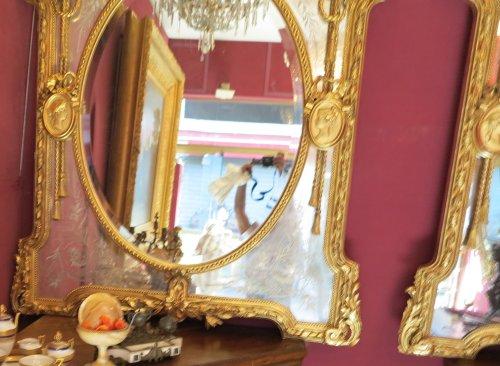 19th century - Pair of parecloses mirrors