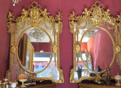 Napoléon III - Pair of parecloses mirrors