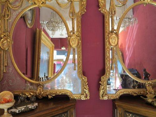Antiquités - Pair of parecloses mirrors