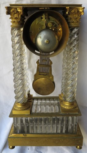 Clock Portico Charles X Baccarat crystal and gilt bronze -