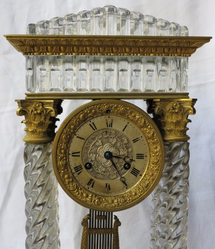 19th century - Clock Portico Charles X Baccarat crystal and gilt bronze