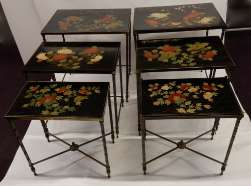 Furniture  -  Pair of of Nesting Tables - 1950/70'
