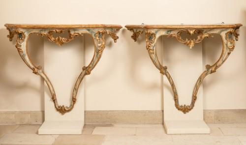 Furniture  - A pair 18th century italian consoles
