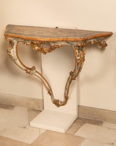 18th century - A pair 18th century italian consoles