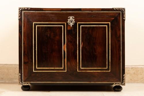 Cabint en palissandre et ivoire , Italie 17ème siècle - Furniture Style Louis XIV