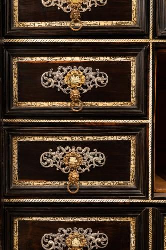 Louis XIV - Cabint en palissandre et ivoire , Italie 17ème siècle