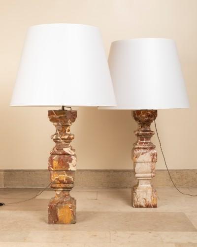 Paire de lampes balustre en marbre Italie début du 18ème siècle - Lighting Style Louis XIV