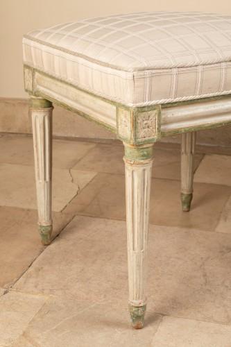 Seating  - Paire de tabourets d'époqe Louis XVI