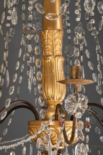 Lighting  - Lustre italien en bois doré et cristaux, fin du 18ème siècle