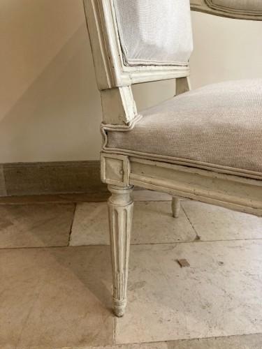 Louis XVI - Paire de fauteuils Louis XVI en bois laqué