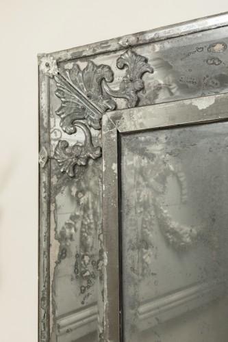 Mirrors, Trumeau  - Early 18th century venitian mirror