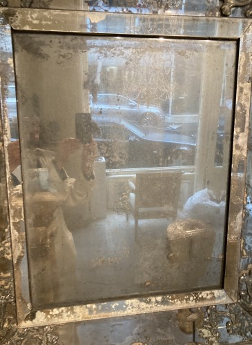 - Early 18th century venitian mirror