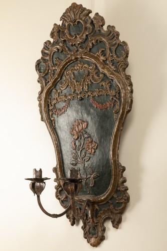 Lighting  - Pair of italian 18th century painted papier-mâché sconces