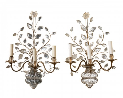 Maison Bagues - Pair of gilt metal and glass sconces