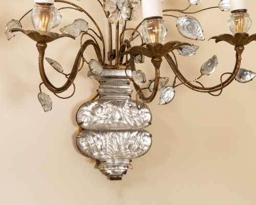 Maison Bagues - Pair of gilt metal and glass sconces -
