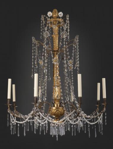 18th century Italian eight-light chandelier