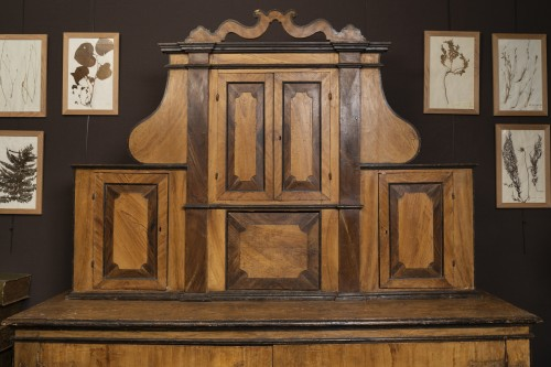 17th century - Large Italian Painted Cabinet 17th