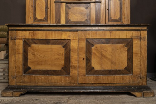 Large Italian Painted Cabinet 17th - Louis XIII