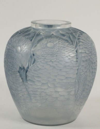 "Glass & Crystal  - Rene Lalique Vase"" Alicante"""