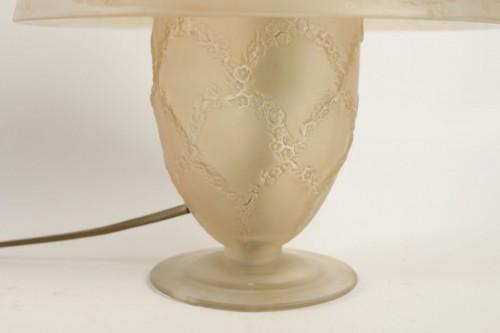 """20th century - René LALIQUE (1860-1945) - Lamp """"Six dancers"""""""