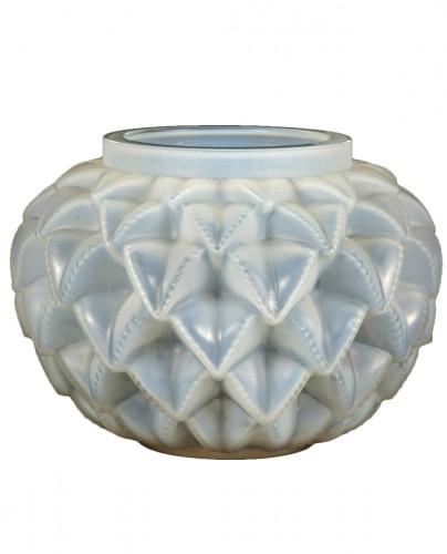 """René Lalique - Opalescent """"Languedoc"""" Vase"""