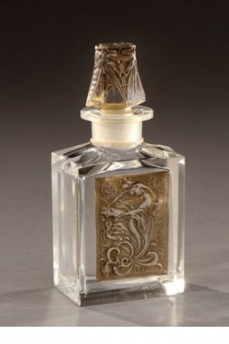 Glass & Crystal  - RENE LALIQUE (1860-1945) for COTY - perfume bottle «L'effleurt»