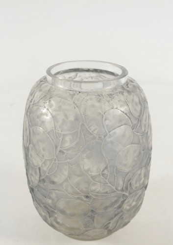 Glass & Crystal  - René LALIQUE (1860 - 1945)  - Vase