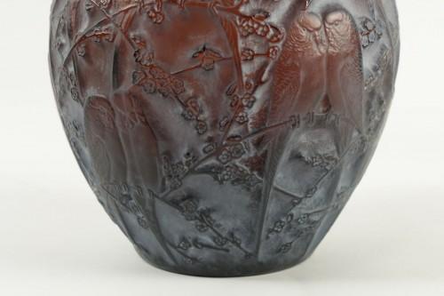 "René Lalique Vase"" Perruches "" Amber -"