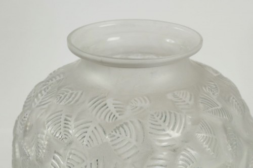 "René Lalique - Frosted glass Vase ""Charmilles"" - Glass & Crystal Style"