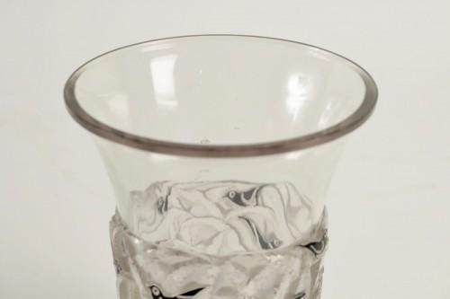 "Glass & Crystal  - René Lalique Vase ""Bornéo"" Black Enemaled"