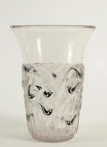 "20th century - René Lalique Vase ""Bornéo"" Black Enemaled"