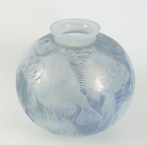 """René Lalique Opalescent Vase """"Poissons"""" -"""
