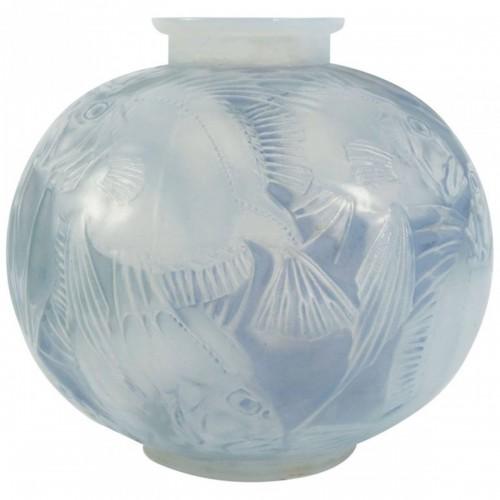 """- René Lalique Opalescent Vase """"Poissons"""""""