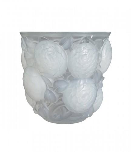 """René Lalique (1860-1945) - Opalescent Vase """"Oran"""""""