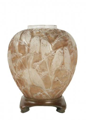 "Rene Lalique Frosted and Sepia Stained Vase ""Perruches"""