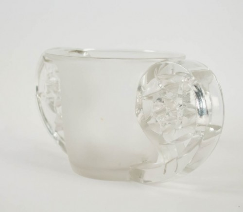 "Glass & Crystal  - René Lalique ""Pierrefonds"" Vase"