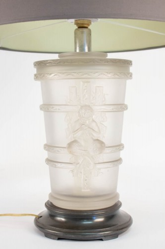 20th century - Pair of Marc Lalique Glass Lamp