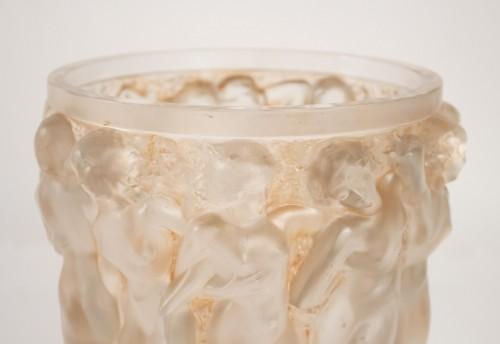 """René lalique Vase """"Bacchantes""""  -"""