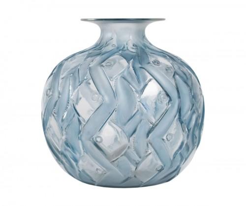 """René Lalique Vase """"Penthièvre"""""""