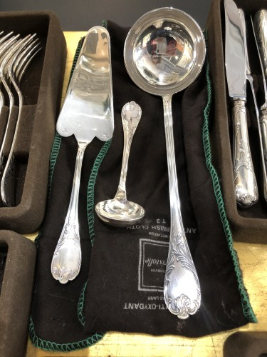 "Antiquités - Christofle Flatware ""MARLY "" Silver Plated 60 Pieces"