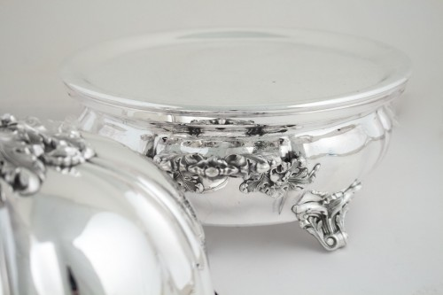 Pair of silver lined Warm Dish and Bell - Napoléon III