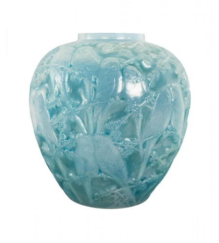 """René Lalique - Opalescent Vase """"Perruches"""""""