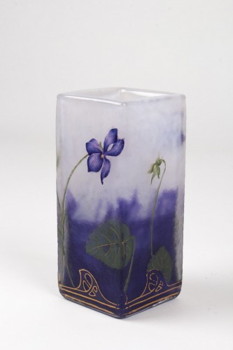 "Antiquités - Daum Nancy - Enamelled Vase ""Violets"""