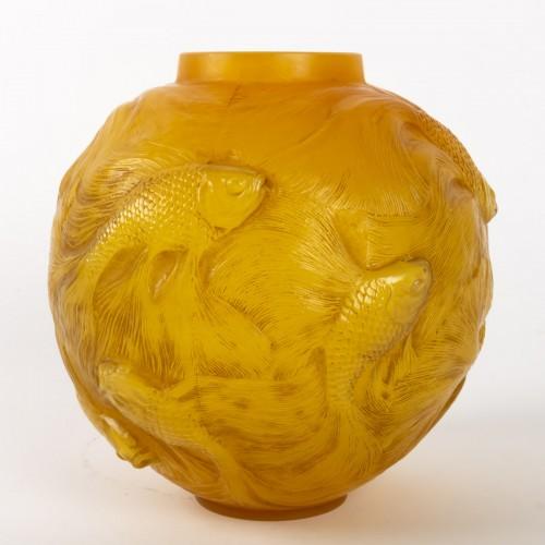 """René Lalique  - Vase Formose """" Butterscotch"""" -"""