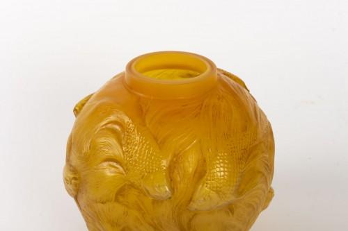 """20th century - René Lalique  - Vase Formose """" Butterscotch"""""""