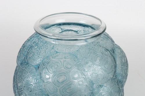 """René LALIQUE : Vase """"Tortues"""" 1926 - Glass & Crystal Style"""