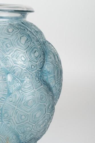 """20th century - René LALIQUE : Vase """"Tortues"""" 1926"""