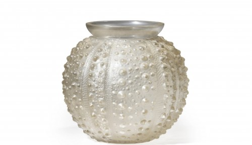 "René LALIQUE - ""Sea Urchin"" vase - Glass & Crystal Style"