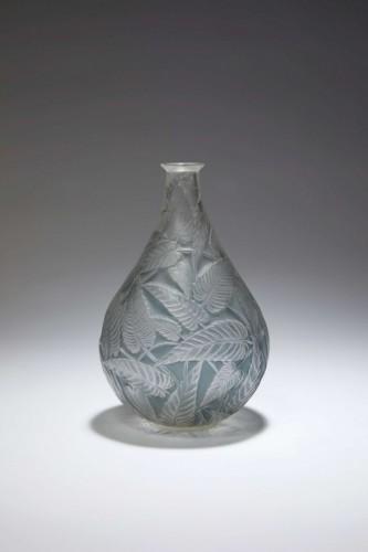"""20th century - René LALIQUE - """"Sauge"""" glass vase 1923"""