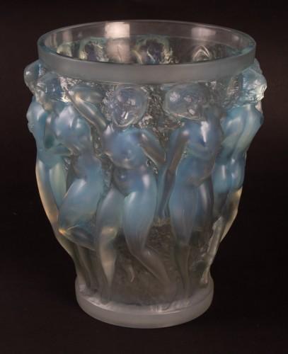 - RENE LALIQUE (1860-1945) - Bacchantes vase